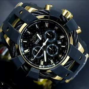 1 LEFT IN STOCK-NEW Invicta Chronograph watch